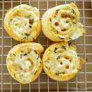 Thumbnail image for Cheesy Fondue Puff Pastry Spirals