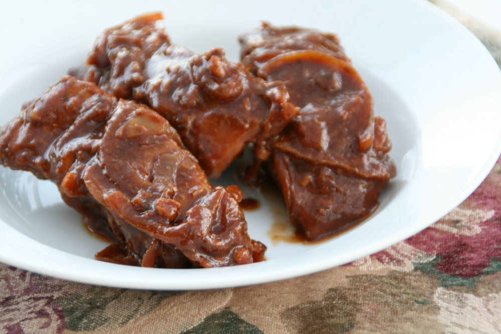 BBQ Country-Style Pork Ribs in the Slow Cooker..