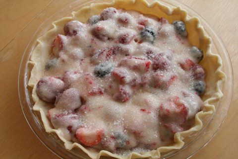Berrylicious Sour Cream Pie