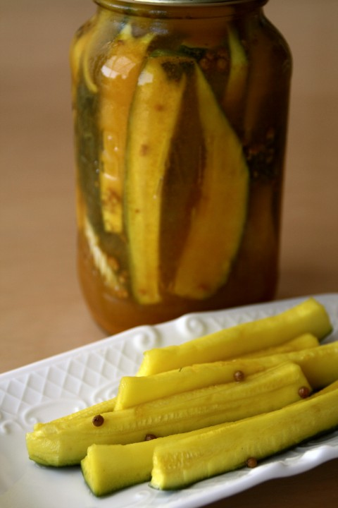 Sweet Refrigerator Zucchini Pickles on Shockingly Delicious
