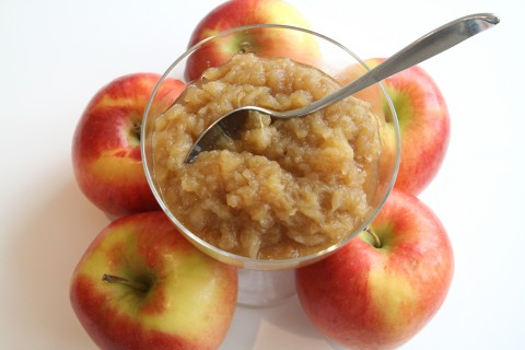 Rustic Chunky Applesauce on Shockingly Delicious