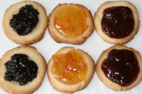 Teeny Tiny Pies for National Pie Day on Shockingly Delicious