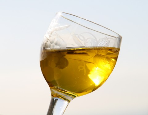 How to taste olive oil by Shockinglydelicious.com