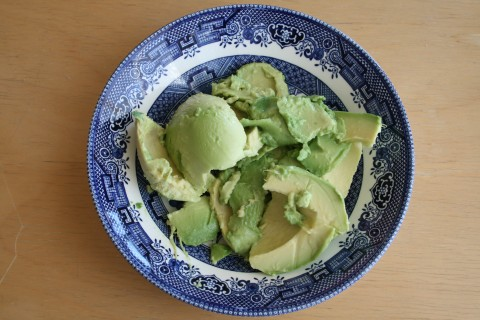 Fuerte avocado in a bowl from Shockinglydelicious.com