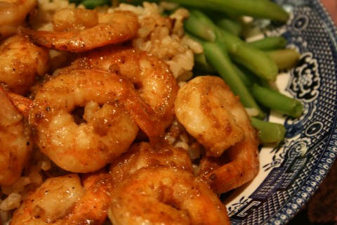 Weeknight Skillet Shrimp from Shockinglydelicious.com