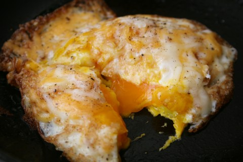 Fried Egg with Truffle Salt from Shockinglydelicious.com