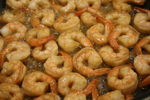 Weekend Skillet Shrimp from Shockinglydelicious.com