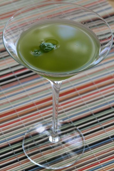 Basilrita (Basil Margarita) from Shockinglydelicious.com