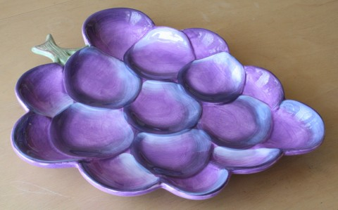 Find Unique Kitchen Stuff! Grape Serving Plate