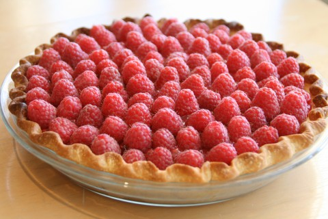Fresh Raspberry Pie on Shockingly Delicious