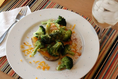 Baked Potato with Broccoli and Cheese