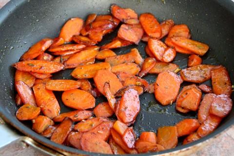 Honeyed Carrots on ShockinglyDelicious.com