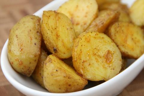 Weeknight Potatoes closeup from ShockinglyDelicious.com