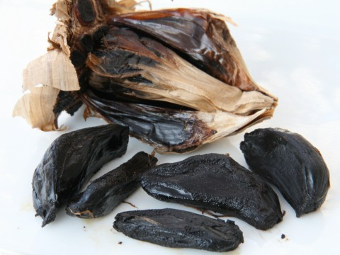 Black Garlic cloves on ShockinglyDelicious.com