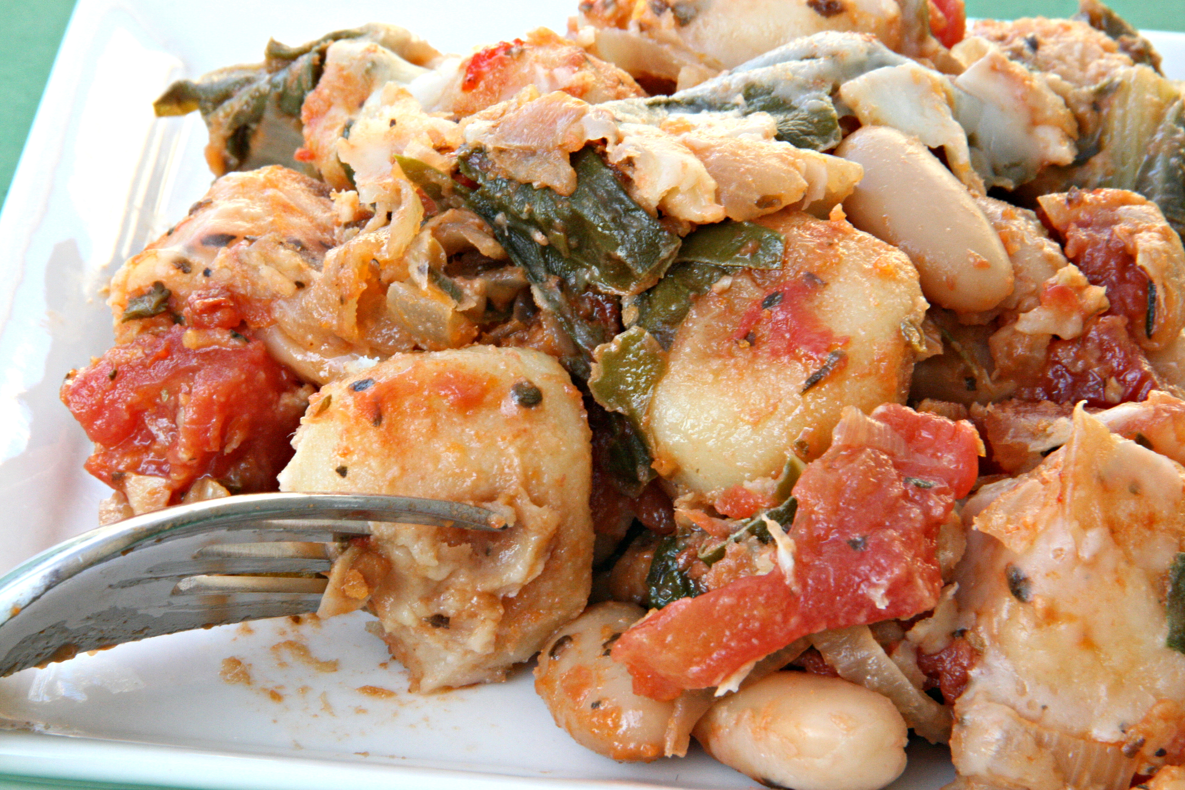 prettybalanced: Skillet Gnocchi with Chard and White Beans (Source ...