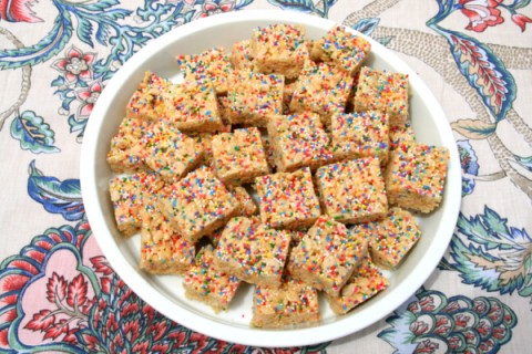 Funfetti Rice Krispies Treats from Shockinglydelicious.com