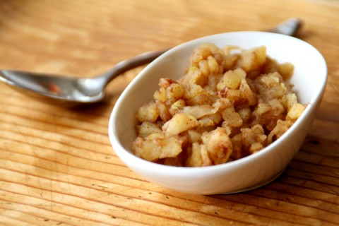 QUICK APPLESAUCE FOR ONE: Chop an apple finely, microwave it briefly, mash, sprinkle with cinnamon and you have super fast applesauce for one person.You don't need to open a big jar when you just need a bit of applesauce for your morning oatmeal or for dinner with a pork chop or sausage.