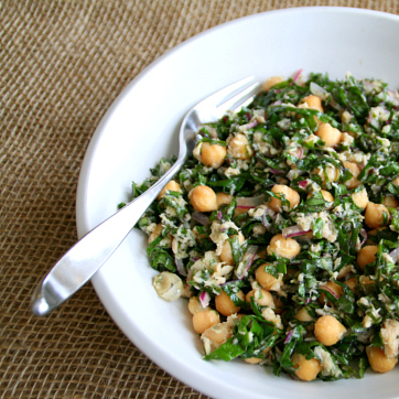 Lemony Garbanzo Kale Salad with Tuna