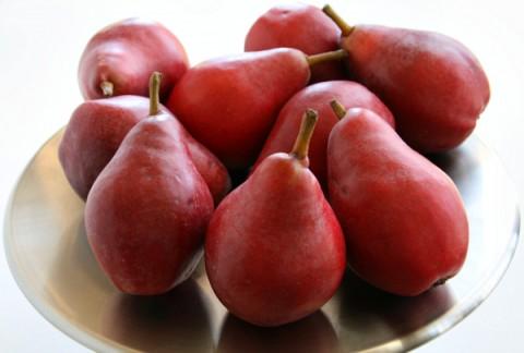 Starkrimson Pears on ShockinglyDelicious.com