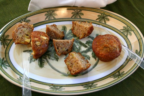 Honey Crisp Apple Cornmeal Muffins