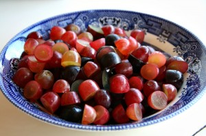 Bowl of grapes on Shockingly Delicious