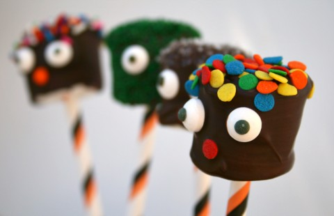 Monster Marshmallows for Halloween! Recipe here: https://www.shockinglydelicious.com/?p=10059