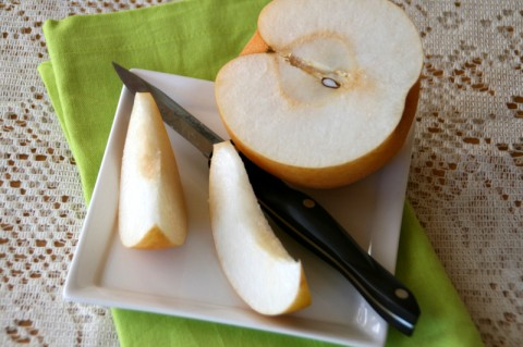 10 Things to do with Korean Pears. Go here: https://www.shockinglydelicious.com/?p=10182