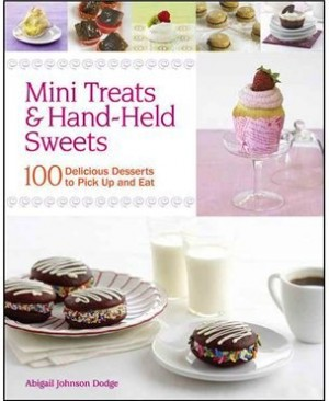 mini treats & hand-held sweets book cover