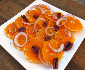 Italian Orange Salad. Recipe here: http://www.shockinglydelicious.com/?p=10975