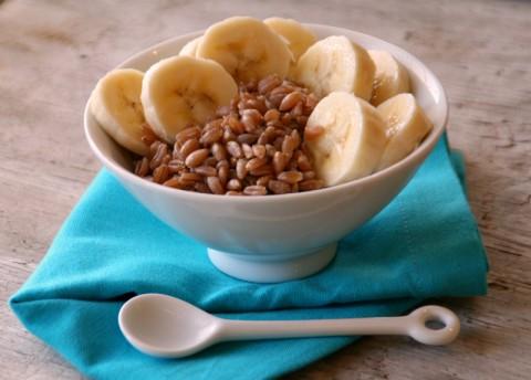 Farro and Banana Breakfast on Shockingly Delicious