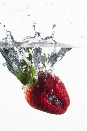 Heat-shocked strawberry. Image AP Photo, Modernist Cuisine, LLC, Chris Hoover