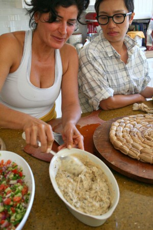 Fiona Afshar teaches Hummus with Caramelized Onion and Portobello on Shockingly Delicious