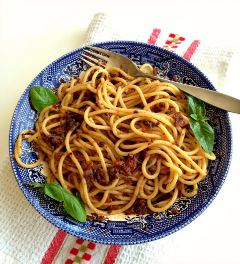 Pasta with Black Olive and Sun-Dried Tomato Tapenade on Shockingly Delicious