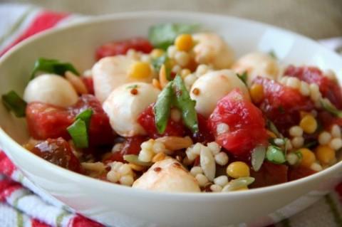 Caprese Grain Salad Bowl on Shockingly Delicious