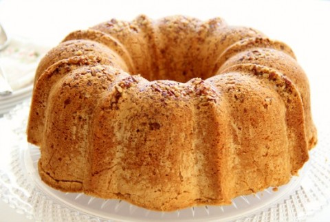 Powdered Sugar Pound Cake with Pecans | www.ShockinglyDelicious.com