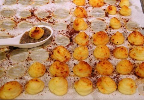 Shepherd's Pie Spoonfuls for PotatoPalooza on ShockinglyDelicious.com