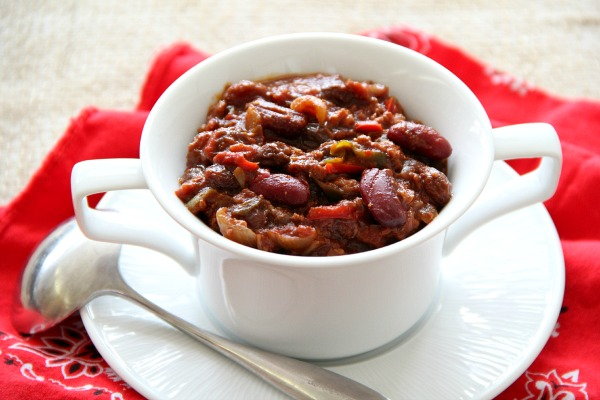 Chili Mole with Red Beans and Raisins | www.ShockinglyDelicious.com
