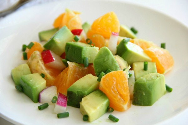 Pixie Dust Salad with Avocados, Tangerines and Radishes | www.ShockinglyDelicious.com