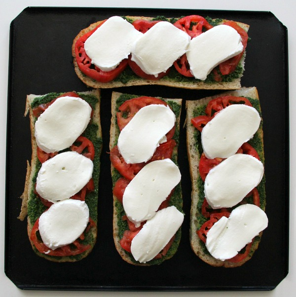 Pesto Caprese French Bread Pizza | ShockinglyDelicious.com