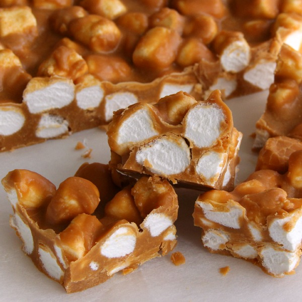 4-Ingredient Butterscotch Peanut Butter Marshmallow Sweets   www.ShockinglyDelicious.com