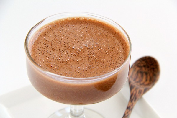 Creamy Chocolate Blender Mousse | www.ShockinglyDelicious.com