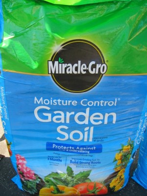 Moisture Control Garden Soil on Shockingly Delicious