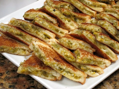 Hatch Grilled Cheese Sandwich   ShockinglyDelicious.com