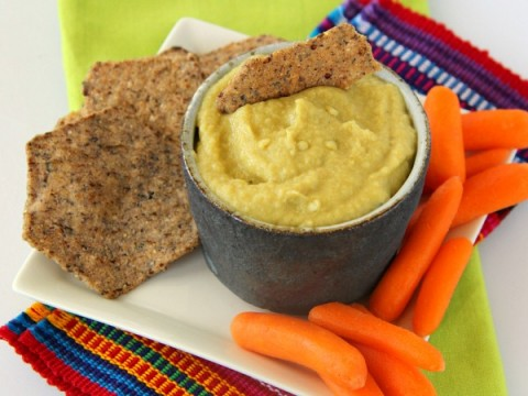 Hatch Chile Hummus   ShockinglyDelicious.com