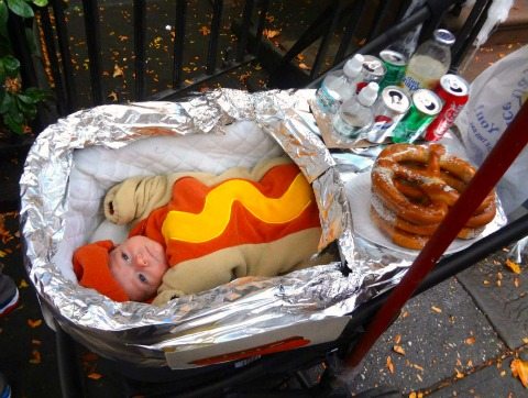 Baby hot dog cart costume for Halloween | ShockinglyDelicious.com