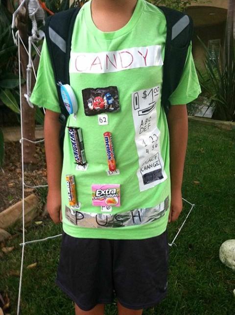 Vending machine costume for Halloween   ShockinglyDelicious.com