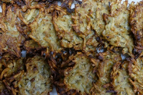 Latkes | ShockinglyDelicious.com
