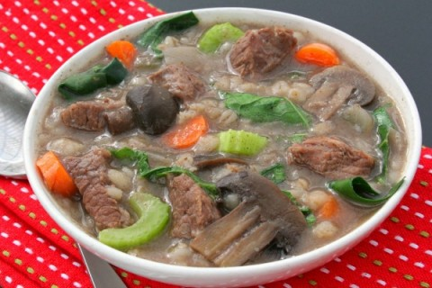 Slow Cooker Beef Barley Soup | Crock-Pot Beef Barley Soup Recipe | ShockinglyDelicious.com