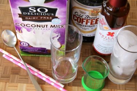 Vanilla Iced Coffee | no-dairy no-soy recipe | ShockinglyDelicious.com