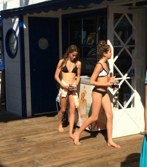 Locals buying ice cream on the Malibu Pier on ShockinglyDelicious.com